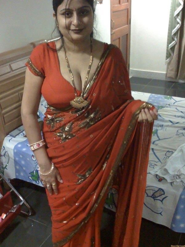 naked pics of indian aunties  153573