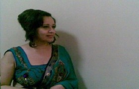 Desi aunty is really hot