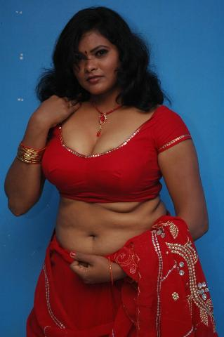Bulky Desi Girl in Red Saari