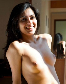 Sexy Indian girl gifted me her vagina