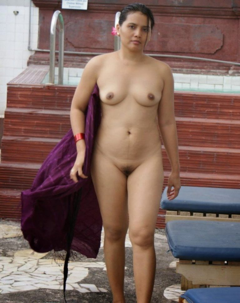 pakistani-frontal-nudity