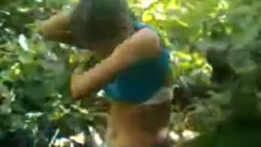 Outdoors Indian village girl sex video