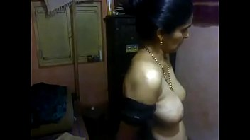 Desi middle aged aunty nude