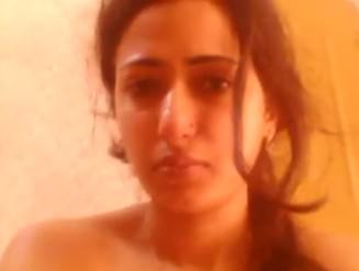 Indian hottie nude for you
