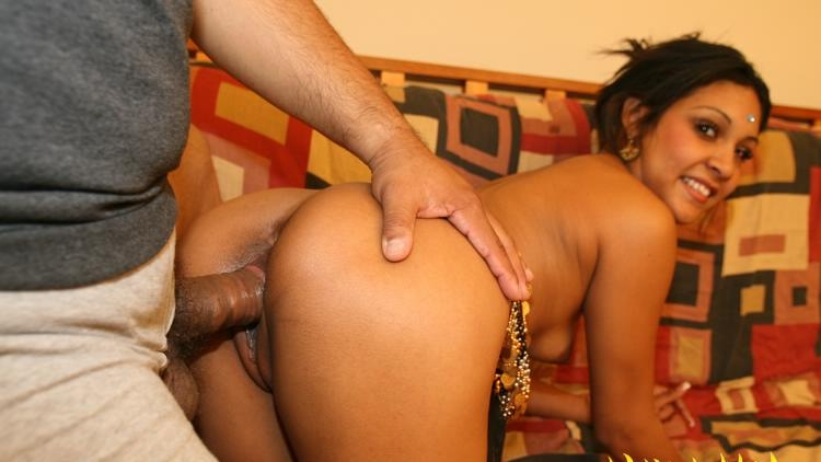 Naked indian gf getting fucked from behind
