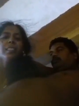 Local Tamil aunty Huma sucking cock of her boss in hotel room