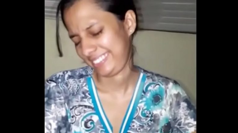 Lustful sexy blowjob video of Indian aunty